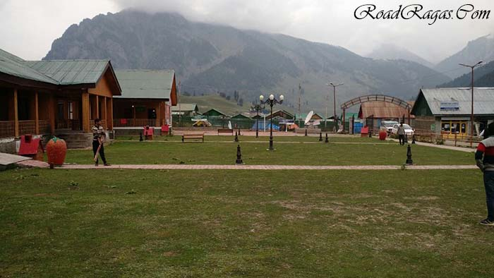 Current situation in Srinagar for Tourists travelling to or from Ladakh