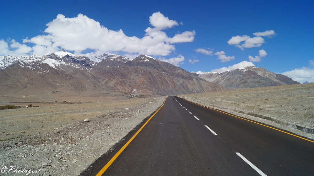 Zanskar Valley by Bus & Shared Taxi