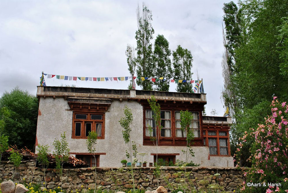 sham valley ladakh tour