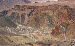ladakh via srinagar