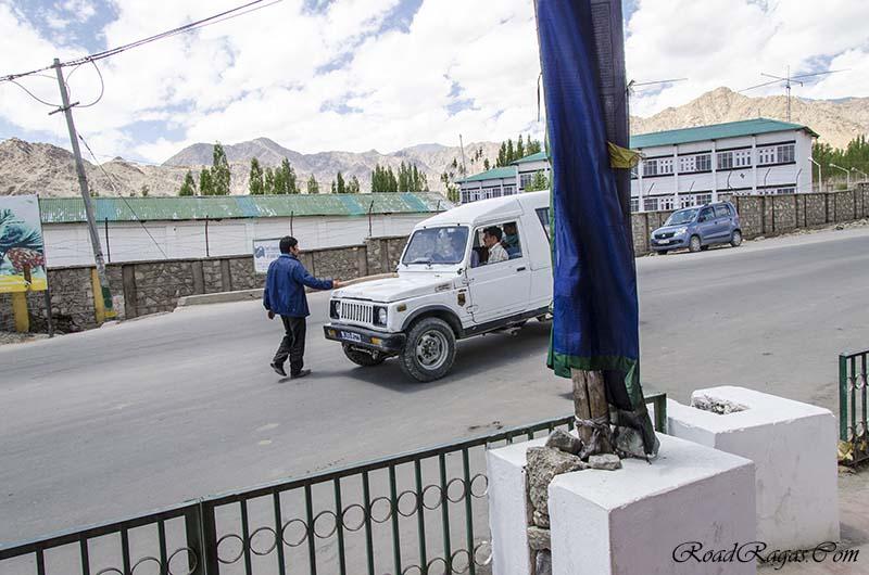 non local taxis still banned in ladakh