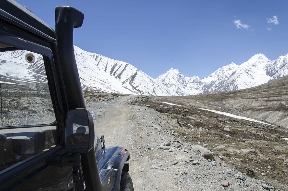 Best Car for Ladakh Trip