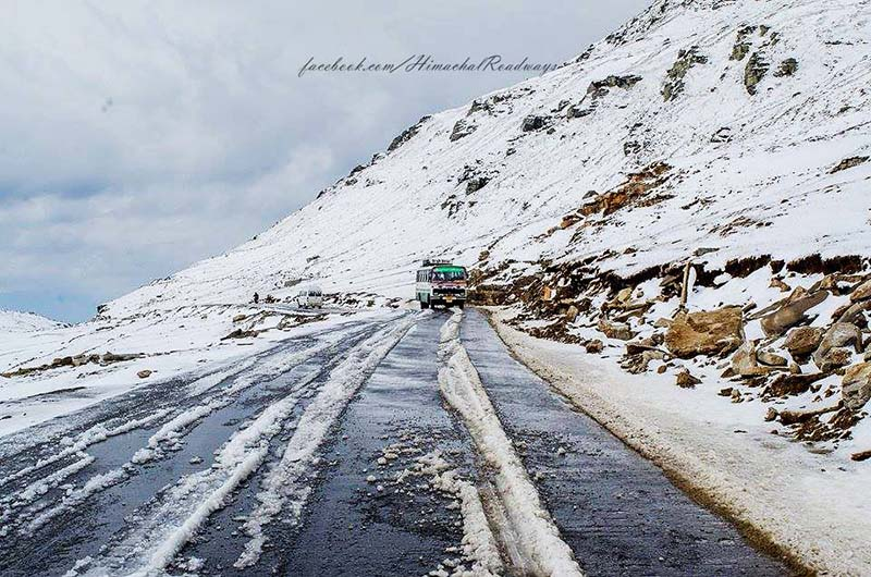 manali to rohtang pass bus