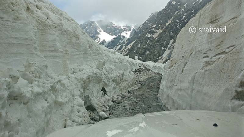 sach pass in XUV