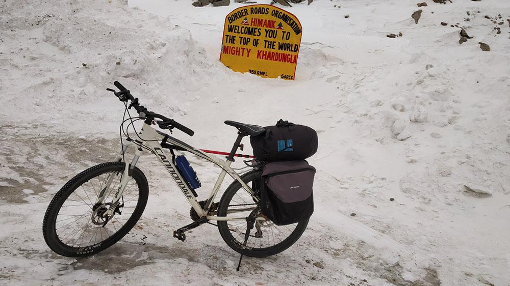 cycling in ladakh in november