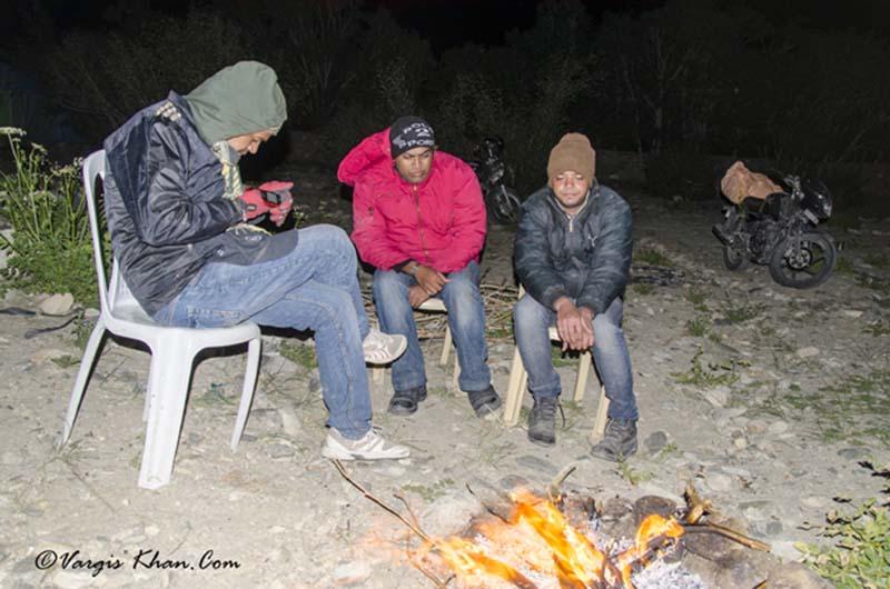 bonfire at pangong lake