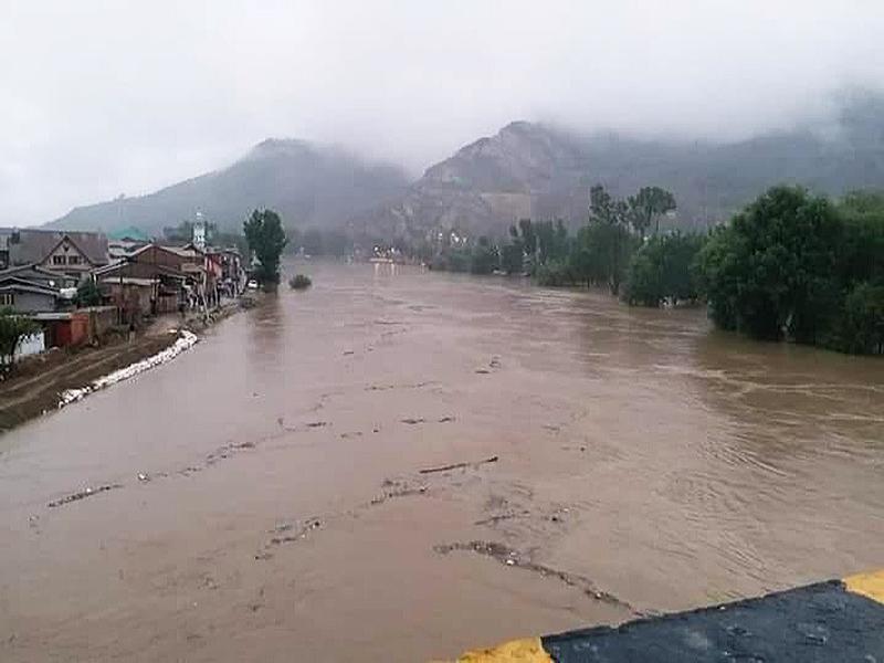 flood alert in srinagar