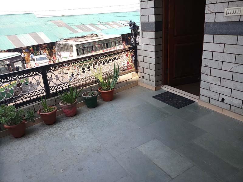 the himalaya inn