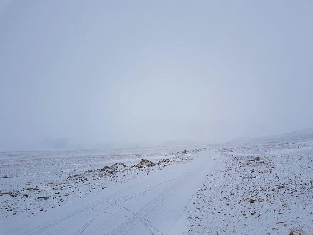 kargil road in march