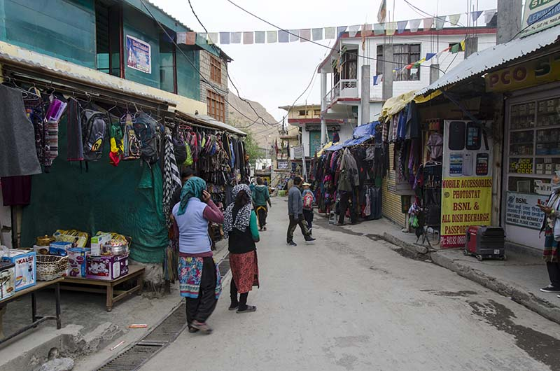 shopping in spiti valley
