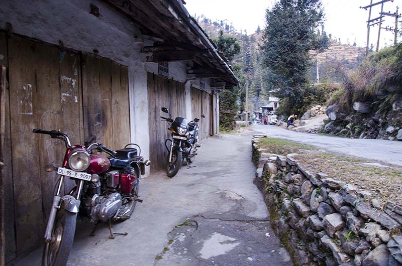 homestay in tirthan valley