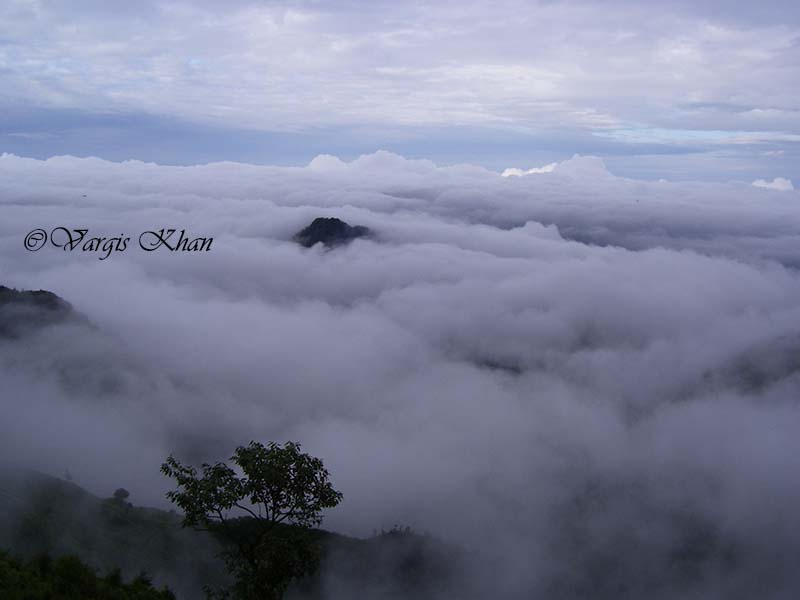 clouds over dhanaulti