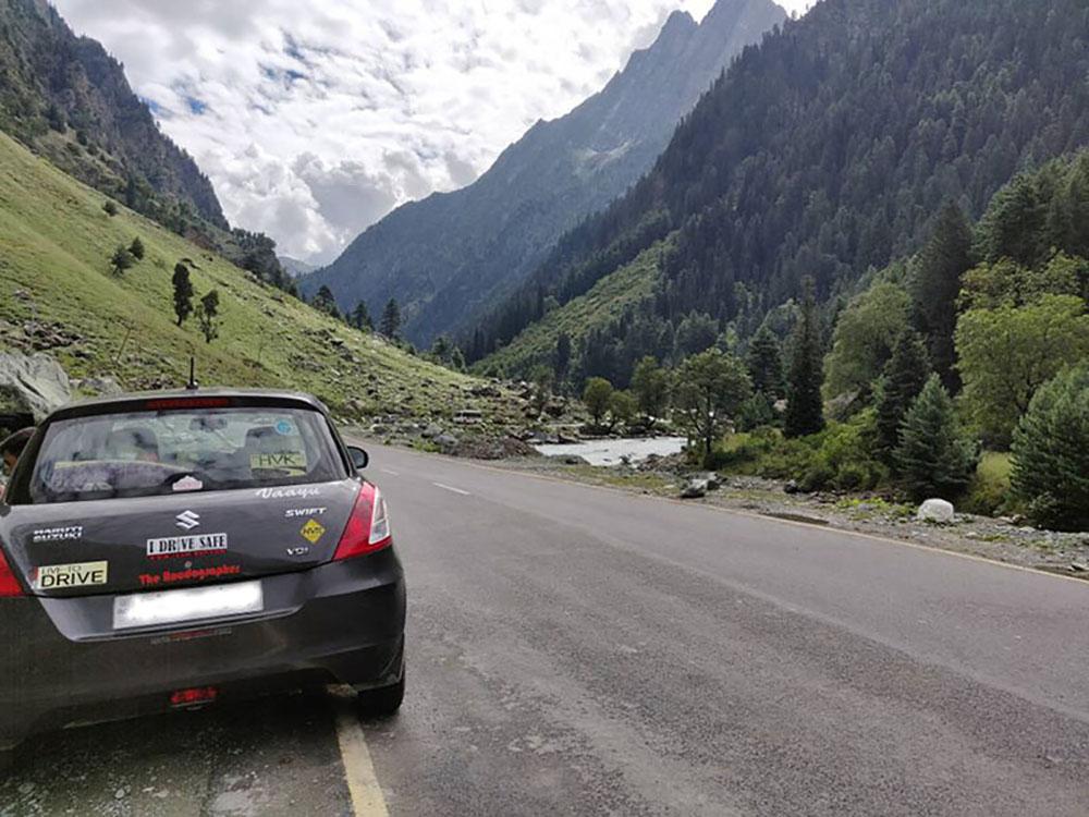 srinagar to kargil by car