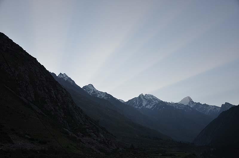 sunrise in chitkul
