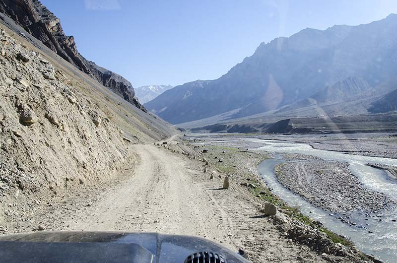roads in spiti valley