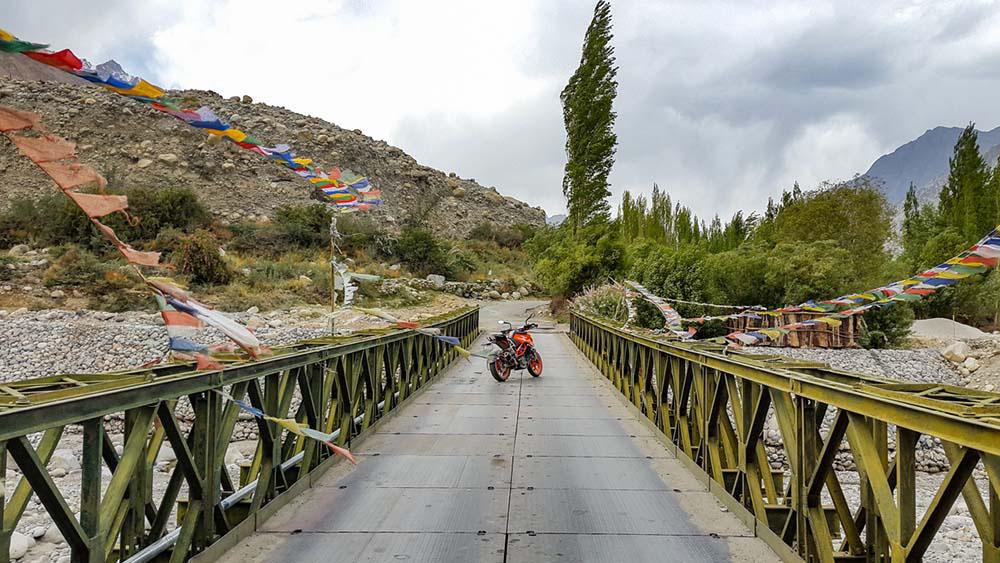 shyok river bridge