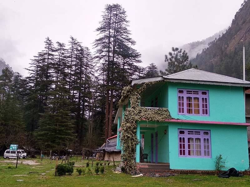 homestay in parvati valley