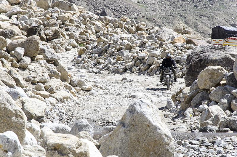 gramphu batal kaza road