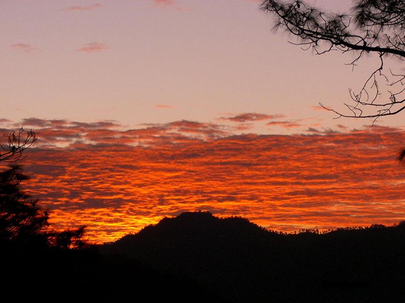 sunset in chaukori