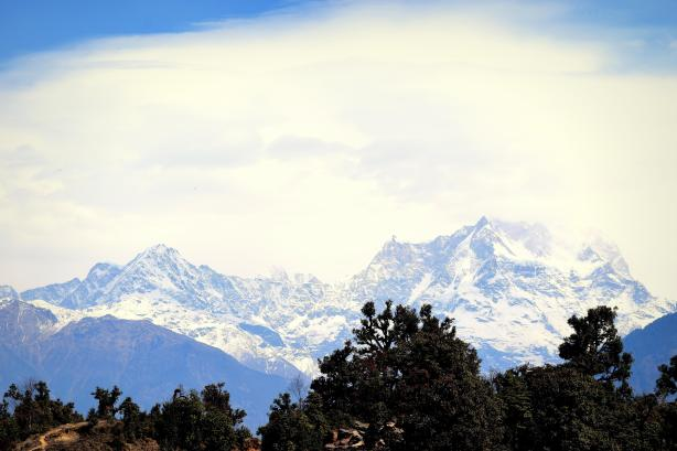 chaukhambha peaks