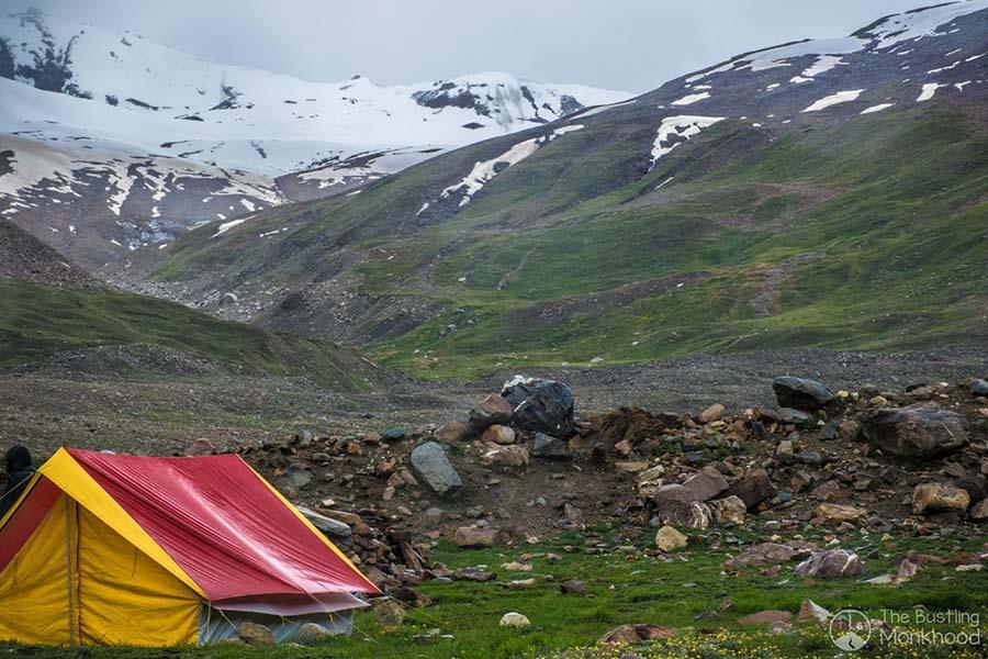 pin parvati trek base camp