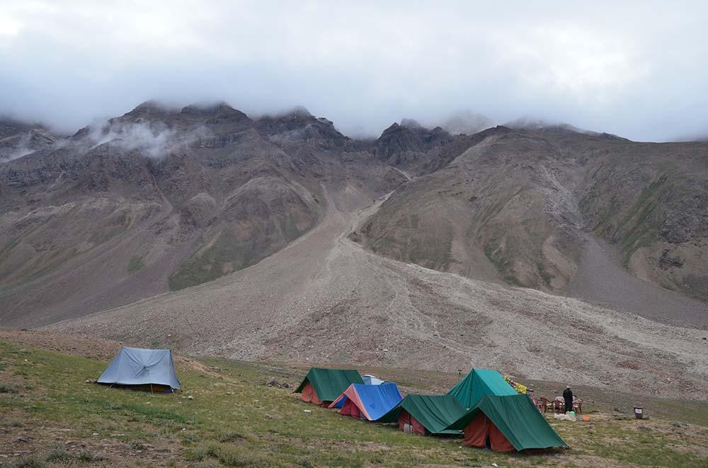 camp in spiti valley