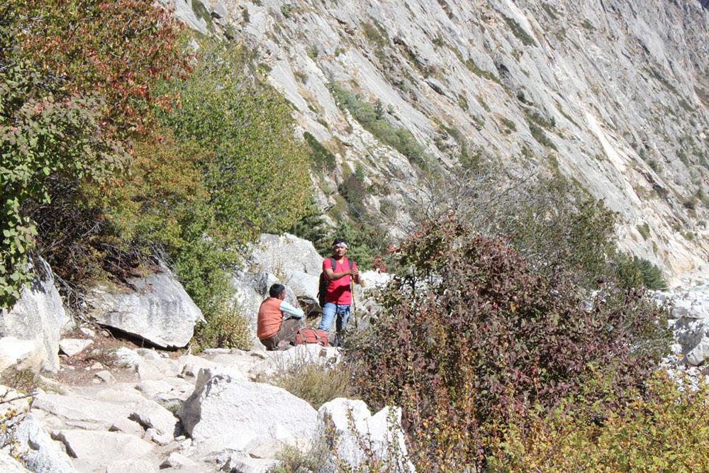 Trekking to Gaumukh