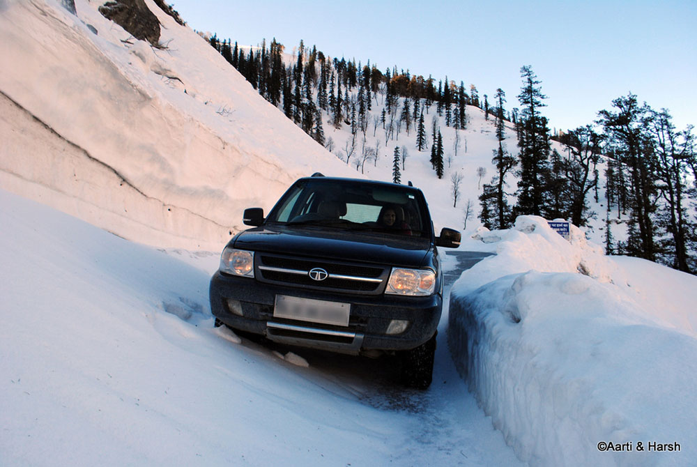rohtang pass in march
